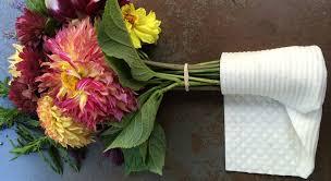To Keep Flower Bouquet Lasts Longer