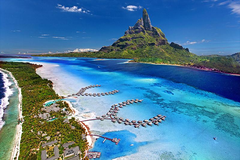 Romantic Honeymoon Destinations 1: Bora Bora, French Polynesia