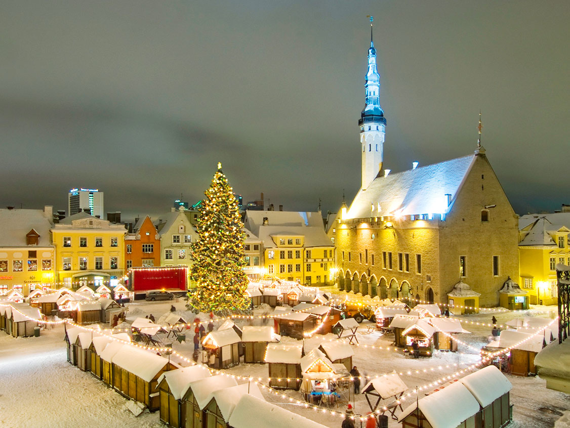 here are 13 most enchanting magical christmas towns around washington dc - Christmas Market Dc