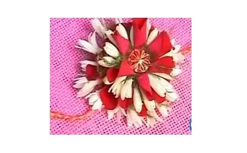 raksha-bandhan-floral-rakhi