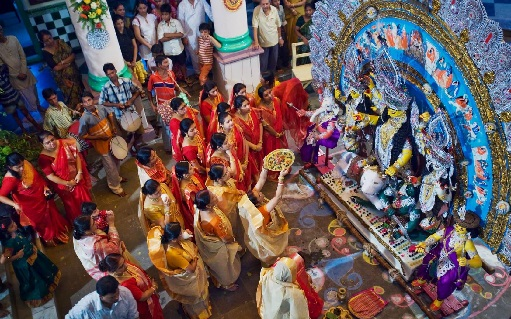 participate-in-all-puja-rituals-during-durga-puja-kolkata