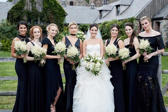 black sleeveless bride dress