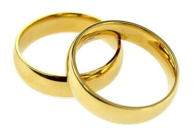 yellow gold wedding bands mens
