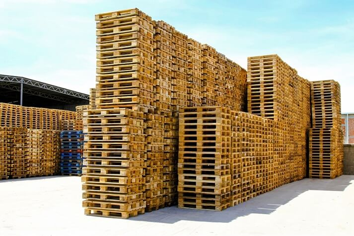 second hand wood pallets