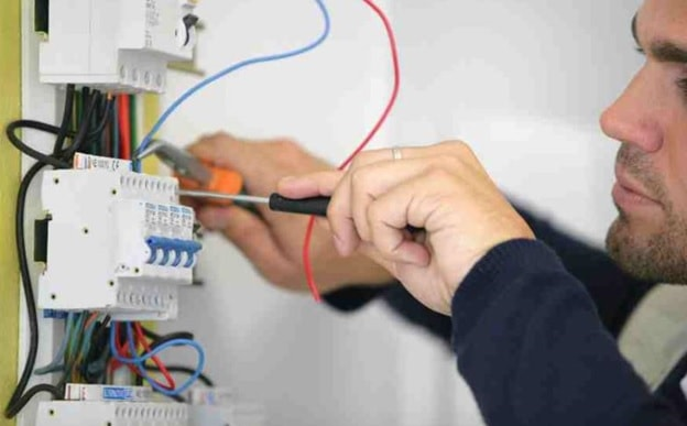 electrical outlet placement tips