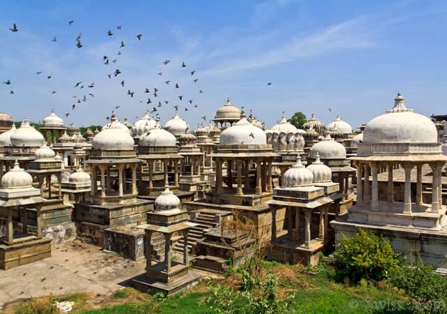 ahar cenotaphs and museum tourist attractions in udaipur