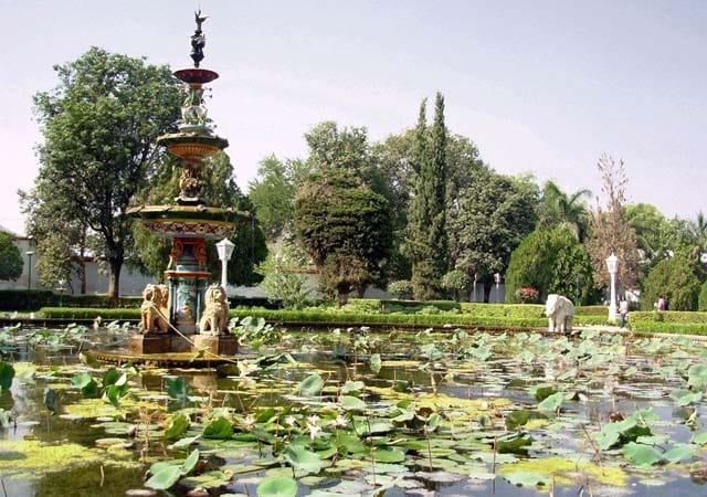 saheliyon ki bari tourist attractions in udaipur