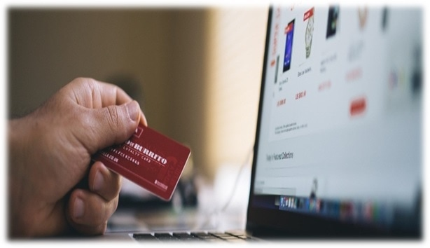 ecommerce store features