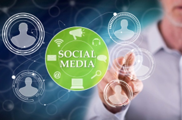 social media advantages