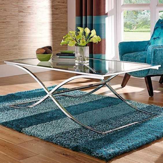 monochromatic rug under coffee table