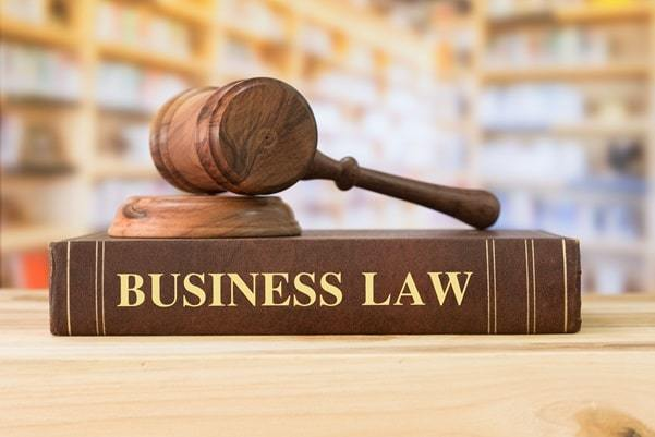 llm business law degree