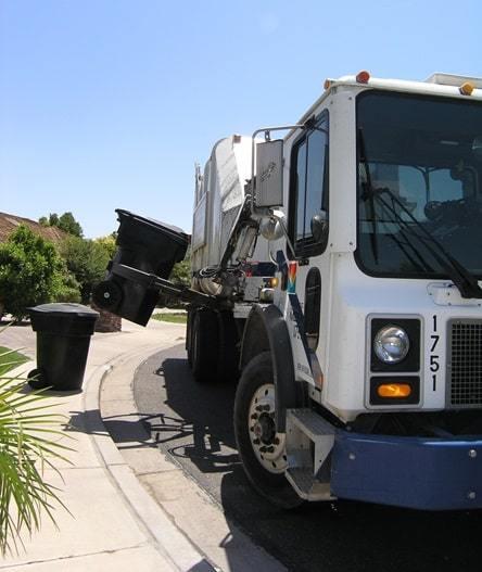 buy used garbage truck tips