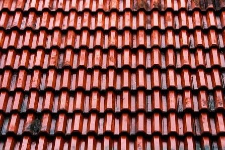 which is better a metal roof or shingles