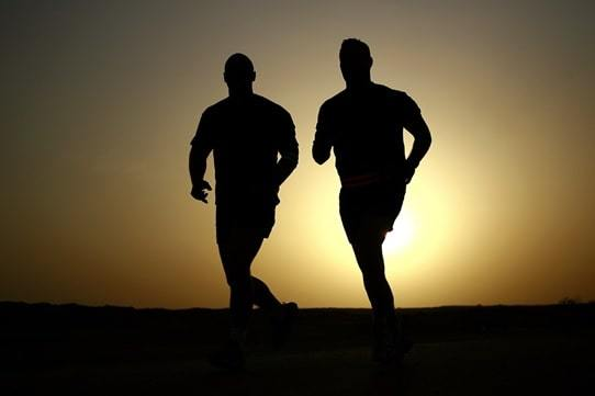runners silhouettes athletes