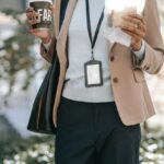 Healthy Eating While at Work: How to Choose Delicious Snacks for Your Lunch Break