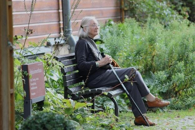 checklist for elderly living alone